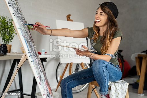 istock Artistic girl 1151545585