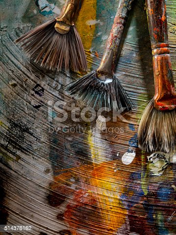 186199100istockphoto Artists Paint Palette and Brushes 514376162