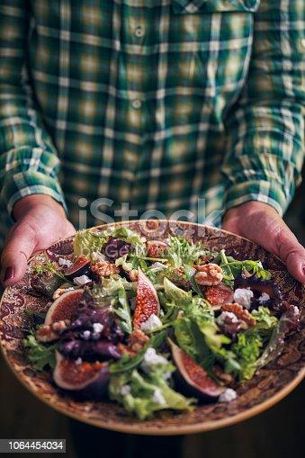 Arugula Fig Salad with Walnuts and Feta Cheese