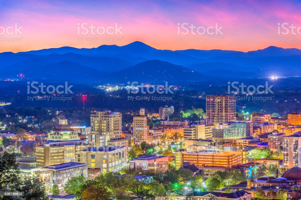 Horizonte de Asheville, North Carolina, USA - foto de stock