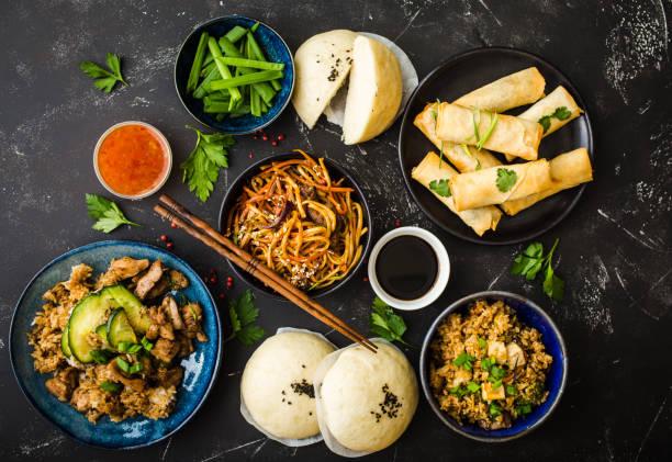 conjunto de comida asiática sortidas - comida asiática - fotografias e filmes do acervo