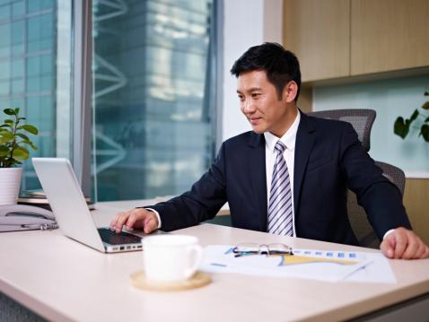 上司の写真|KEN'S BUSINESS|ケンズビジネス|職場問題の解決サイト
