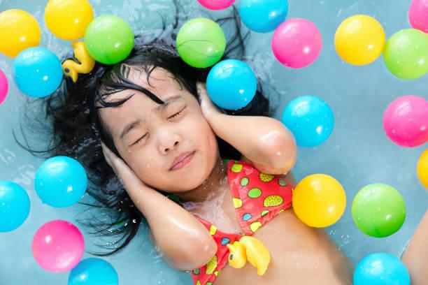 Girls underwater bathtub 'Kayak killer'