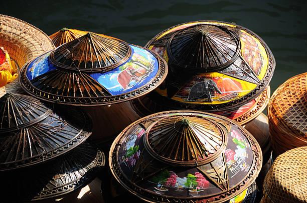 Asiatische kegelförmigen Hüte – Foto