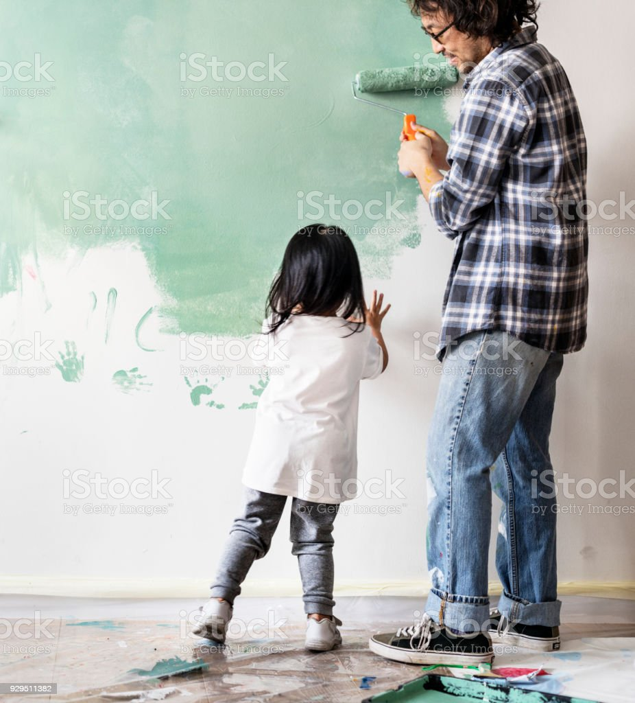 Famille asiatique, rénover la maison - Photo