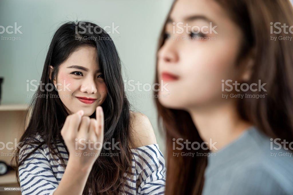 Asiatische lesbische Paare Teenager Titanen Zeichentrickfilme