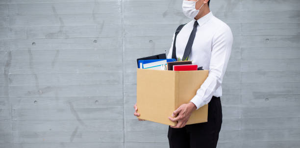 asian man being fired - unemployment стоковые фото и изображения