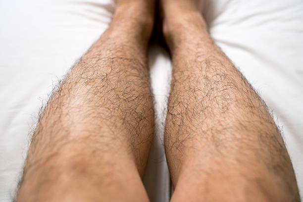 アジアの男性の足 - 脛 ストックフォトと画像