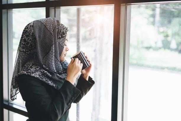 Women sexy saudi Saudi Arabian