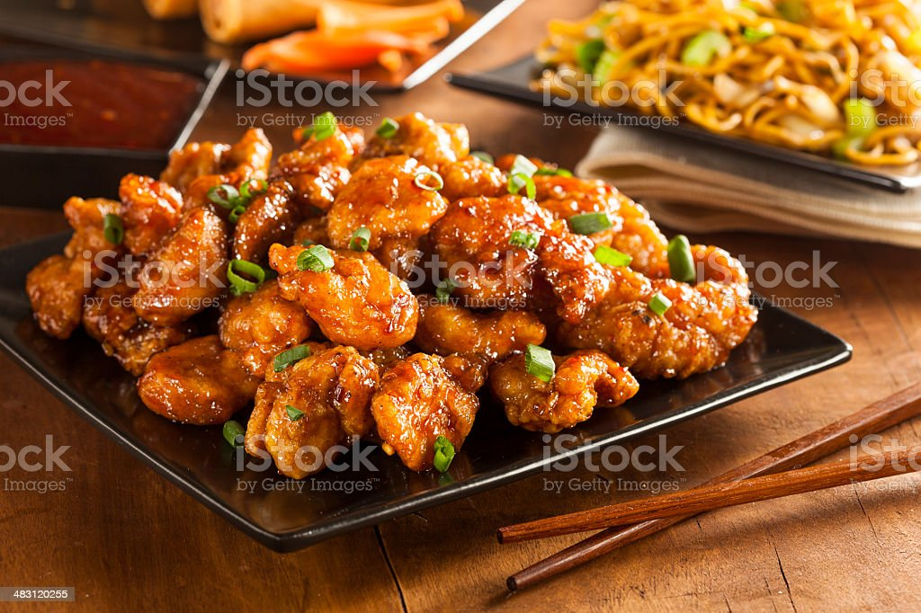 Asiática Oranage de pollo con cebollas verde - foto de stock