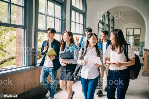 Asian students picture id1150263023?b=1&k=6&m=1150263023&s=612x612&h=jh72q5gg4o7uobr4hmd0nvfqeexb1borp4gc3nskhii=