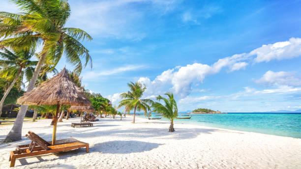 Asiatische tropisches Strandparadies in Thailand – Foto