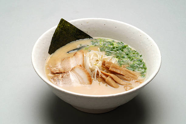 アジアの小麦麺料理 - ラーメン ストックフォトと画像