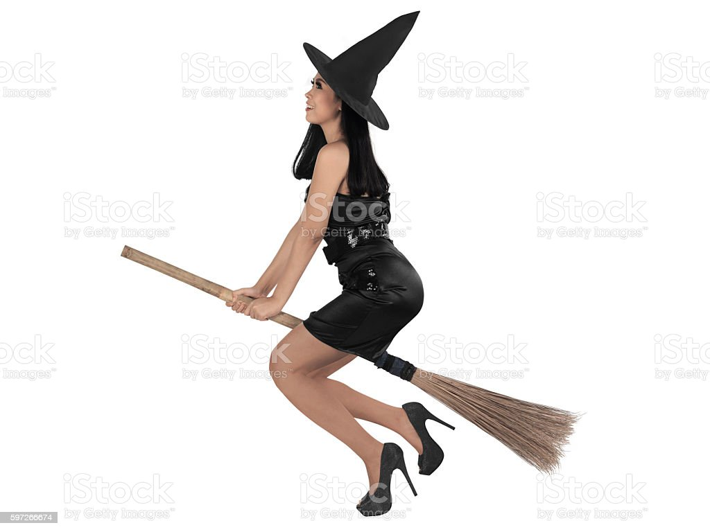 Asian witch woman ride the broom photo libre de droits