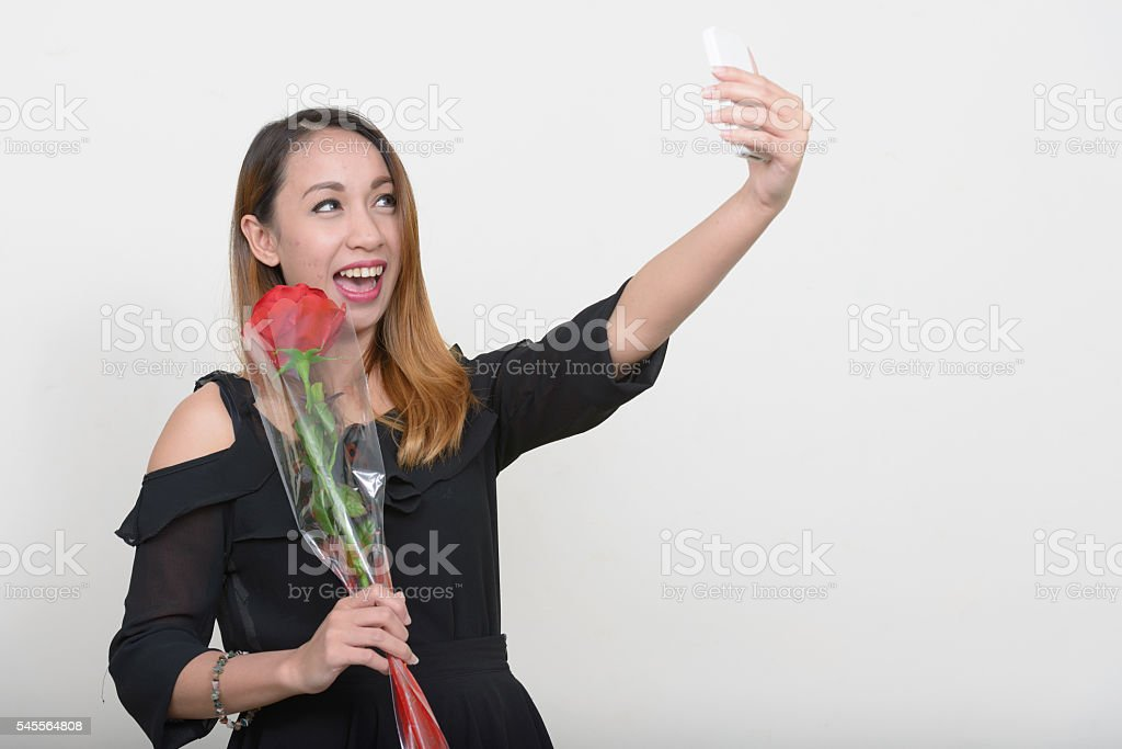 more-single-asian-women-in