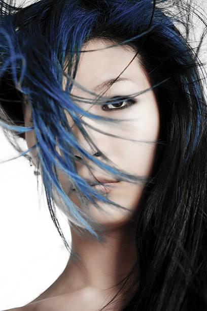 Dunkelblaue haare