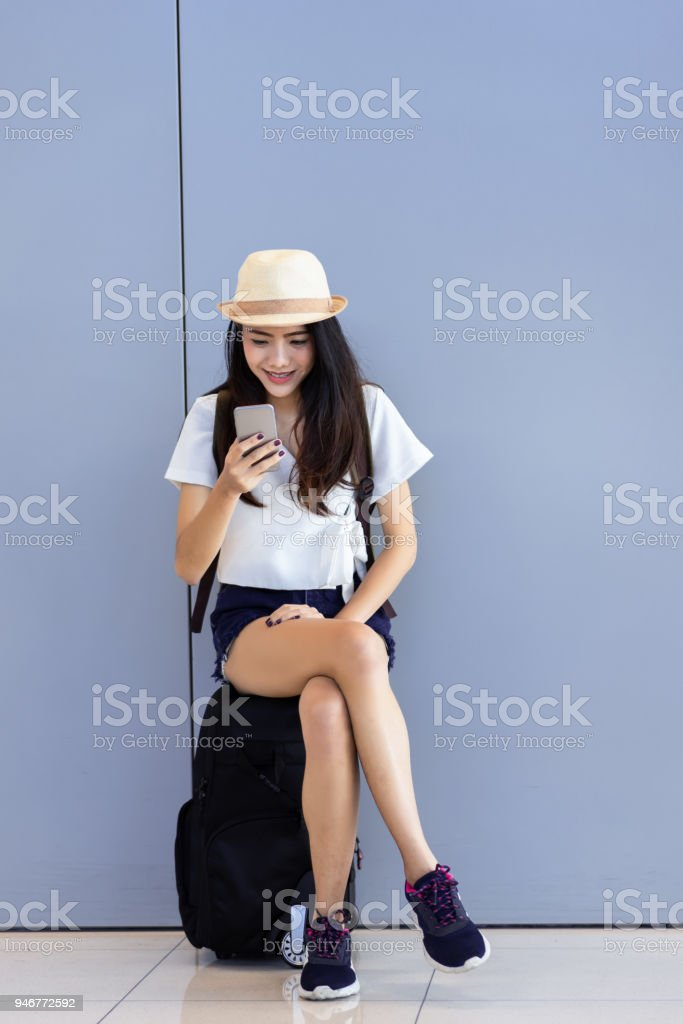 De Libre Asiatique Utilisant Adolescent Photo Femme Droit mnwN08