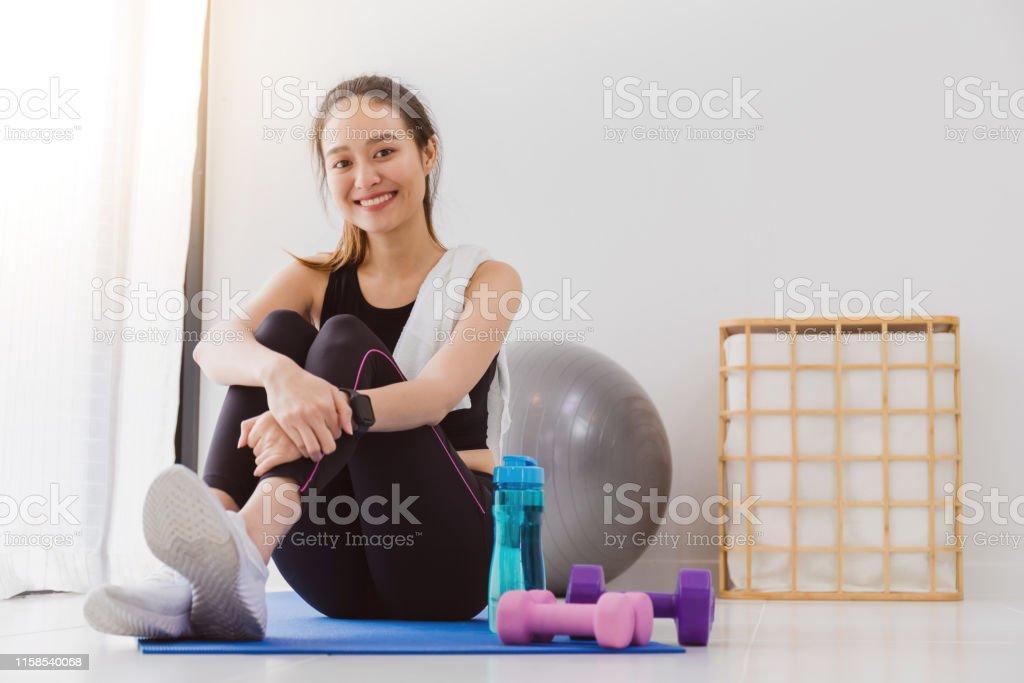 Yoga para bajar de peso en casa