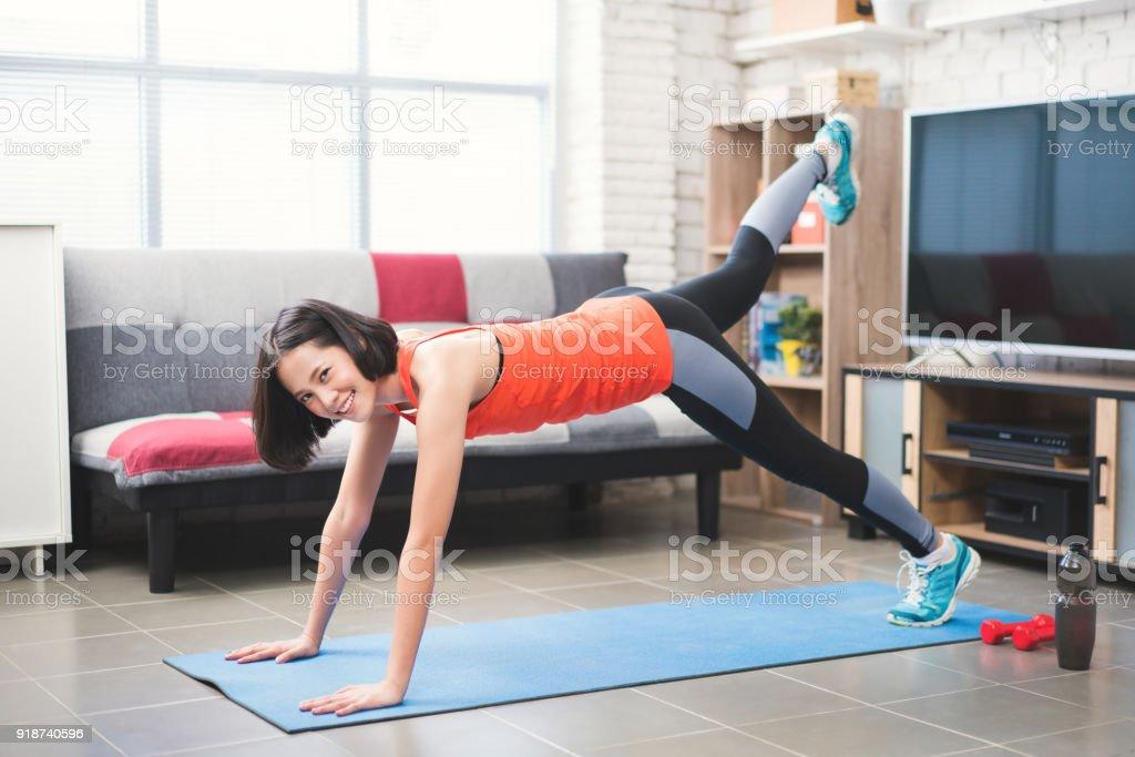 Para adolescentes en casa como mujeres ejercicio hacer
