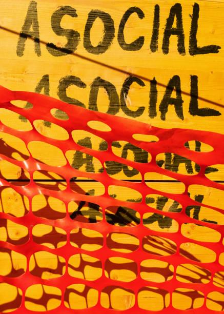 antisoziale netzwerke - schlechte zitate stock-fotos und bilder