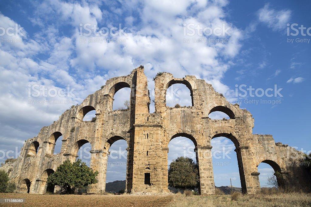 Aspendos Roman acquaduct, Serik, Antalya stok fotoğrafı