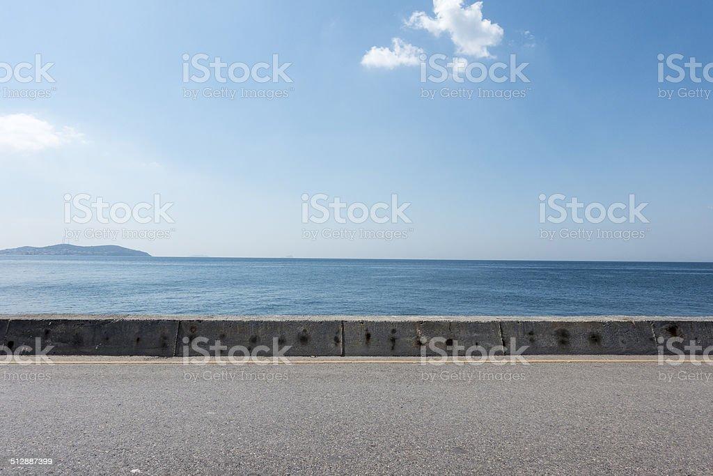 asphalt-Boden Platz mit Meer im Hintergrund – Foto
