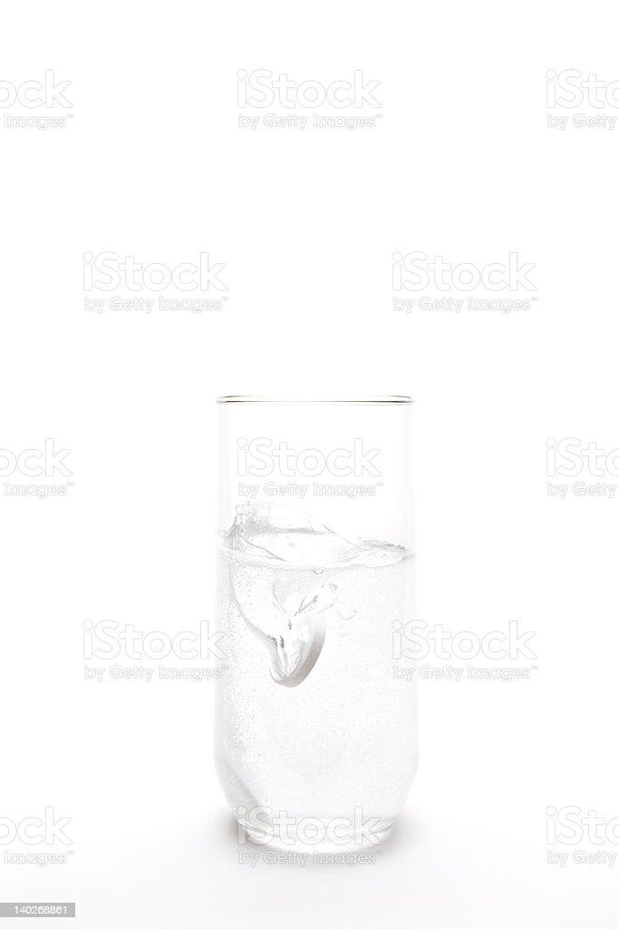aspirin in Glas Wasser splash – Foto