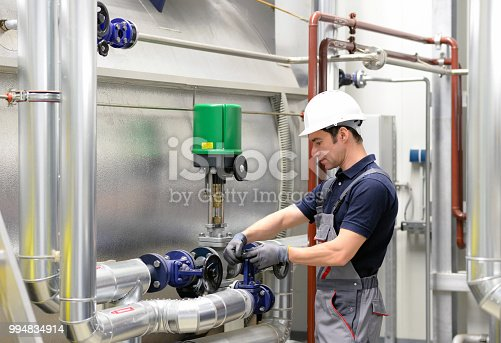 assembler in an industrial plant - assembly and repair on site