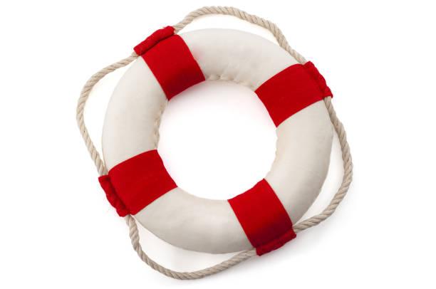 Asistencia para sobrevivir, rescate, equipo de rescate de vida y concepto de equipo de supervivencia con salvavidas aislados sobre fondo blanco con recorte de camino recortado - foto de stock
