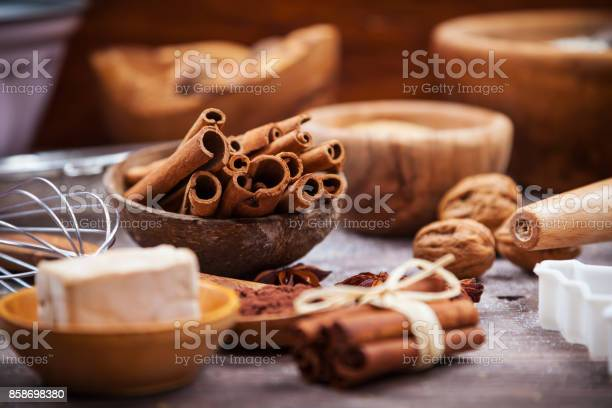 Assorted baking ingredients and kitchen utensil for cake or cookies picture id858698380?b=1&k=6&m=858698380&s=612x612&h=dpcv40ze4dkm9esemfaxw6vbnly0dt5rxgv1 ycpnlw=
