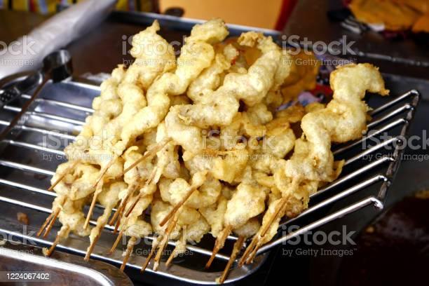 Assorted deep fried street food sold at a food cart along a sidewalk picture id1224067402?b=1&k=6&m=1224067402&s=612x612&h=mdigvy4b242030co5zgw5cc9q2 qy9oxauhprtyzo3q=