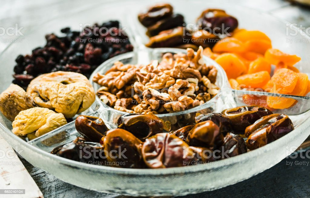 Assorted dried fruits and nuts royalty-free 스톡 사진