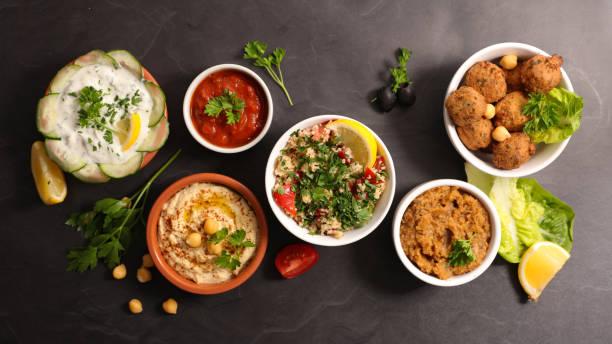assortiment de cuisine libanaise - liban photos et images de collection