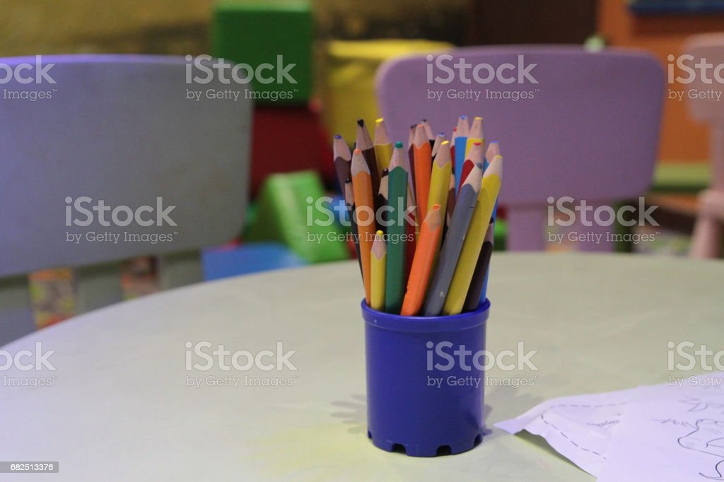Assortment of colored pencils Colored Drawing Pencils Colored drawing pencils in a variety of colors Стоковые фото Стоковая фотография