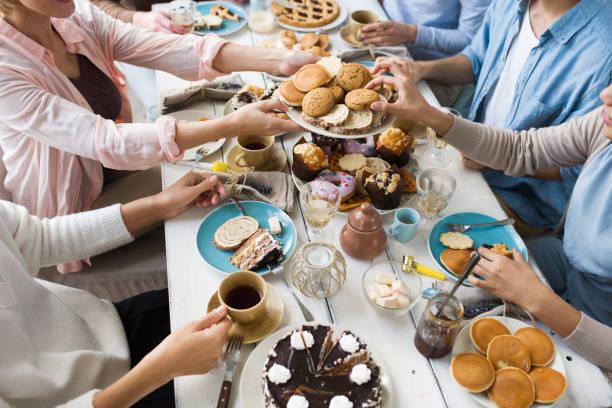 auswahl an desserts - aufstrich weihnachten stock-fotos und bilder