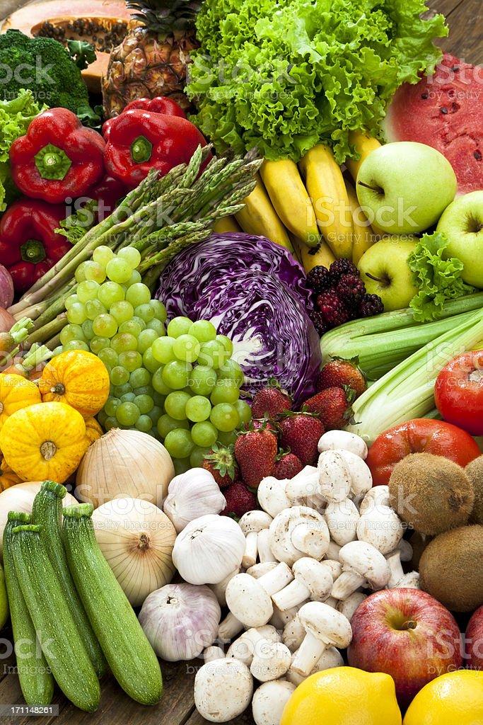 Reihe von Obst und Gemüse Hintergrund. – Foto
