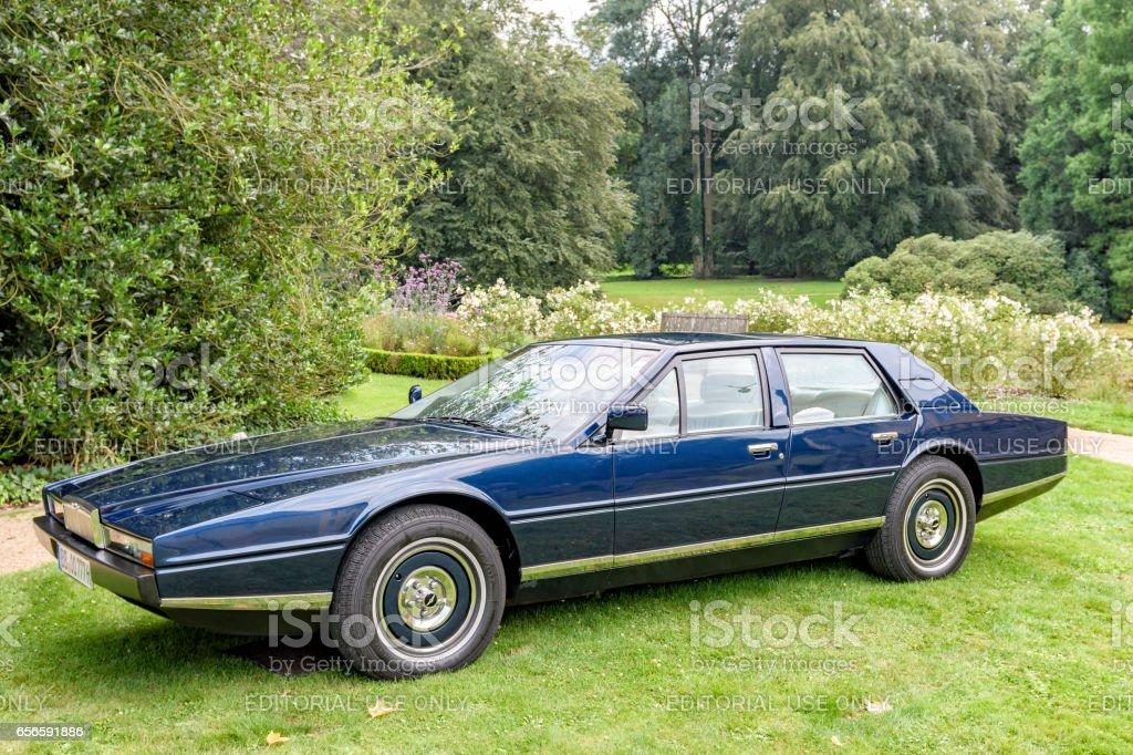 Aston Martin Lagonda Luxus 4türige Limousine Stockfoto Und Mehr Bilder Von 1970 1979 Istock