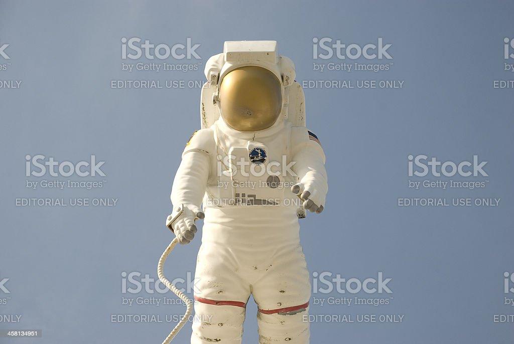 woman astronaut in diaper - 1024×686