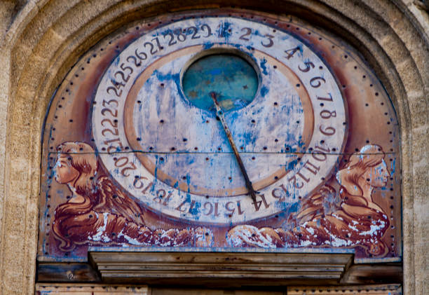 Astronomical clock from clocktower of Town Hall of Aix-en-Provence in France Astronomical clock from 1661 at clocktower of Town Hall of Aix-en-Provence in France ville stock pictures, royalty-free photos & images