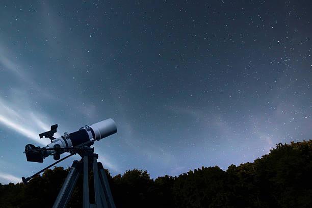 astronomical telescope night sky constellation ursa major, ursa minor - astronomie photos et images de collection