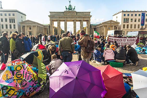 Asylum protest at the brandenburg gate picture id458494243?b=1&k=6&m=458494243&s=612x612&w=0&h=ggyl0vyolmy1bxr1f9bgowjxqqudvtdyxo0agoo315c=