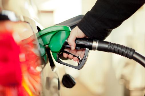 An Der Tankstelle Stockfoto und mehr Bilder von Auto