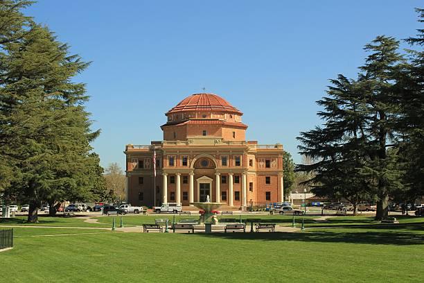 atascadero sunken garden and city hall - central coast california stock photos and pictures