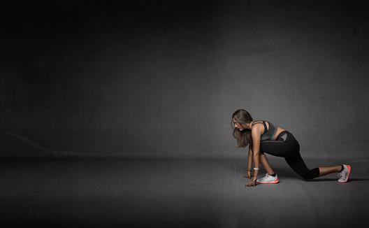 629605142 istock photo athlete made stretching 629605358