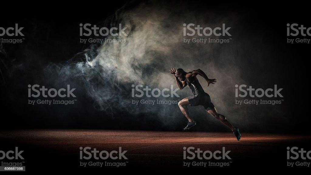 Atleta correndo - Foto de stock de 25-30 Anos royalty-free