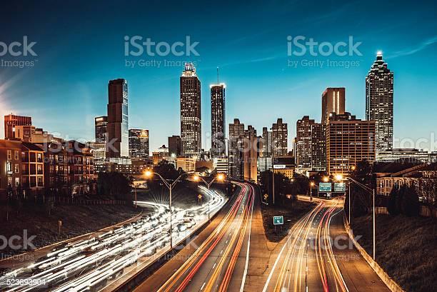 Atlanta skyline at dusk picture id523693904?b=1&k=6&m=523693904&s=612x612&h=8egj2wpd3eiuwaisxs3ctkdlcveiax7ms1lxrjnzhhy=