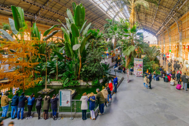 Estación de Atocha, en Madrid - foto de stock