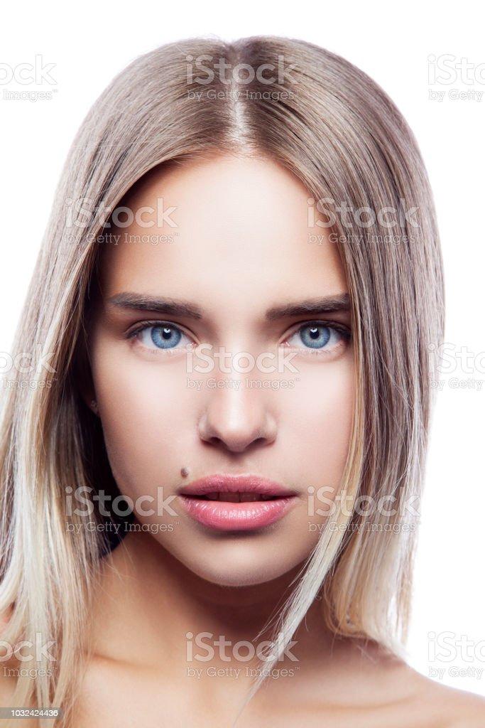 Attraktive Beautygesicht Der Jungen Kaukasischen Blonde Madchen