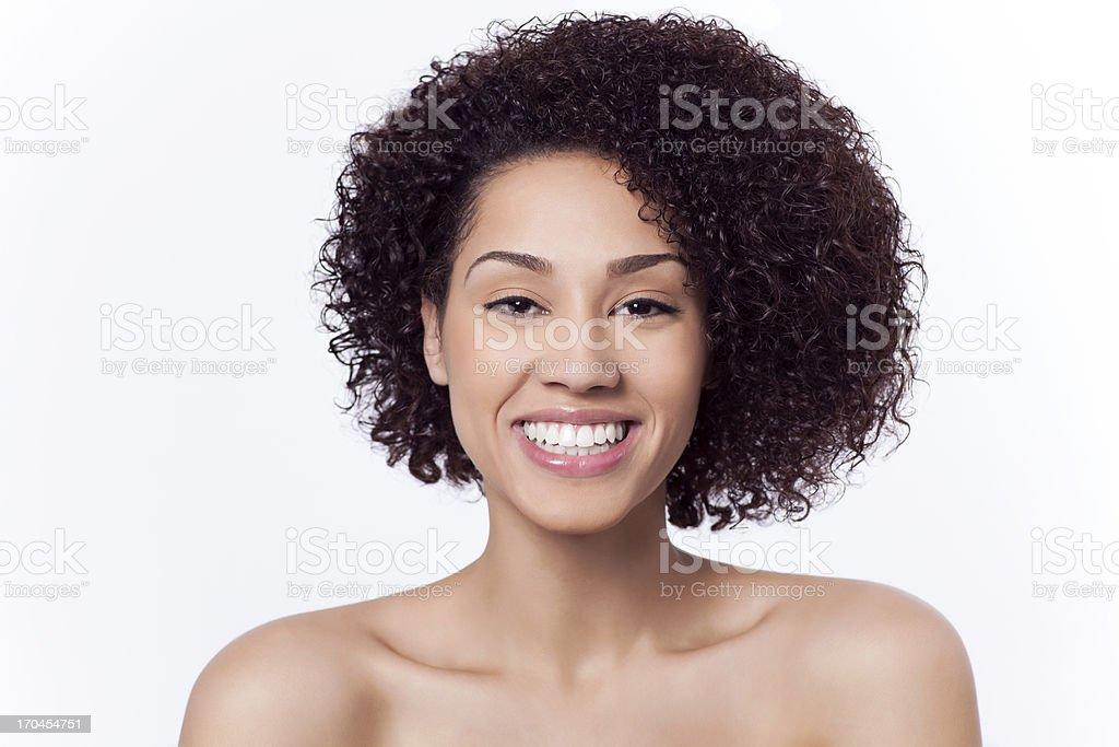 Attraktive Frau lächelnd – Foto