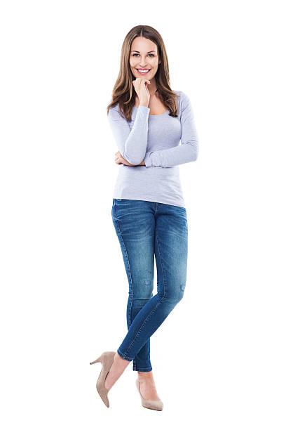 Attraktive Frau stehend – Foto